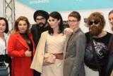 Людмила Барби на подиум в образе джоли и Будьте турецкий секс-символ пришел