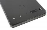 iFixit: Essential Phone полностью неремонтопригоден