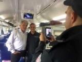 Ющенко, любопытный инцидент произошел в поезде (фото)